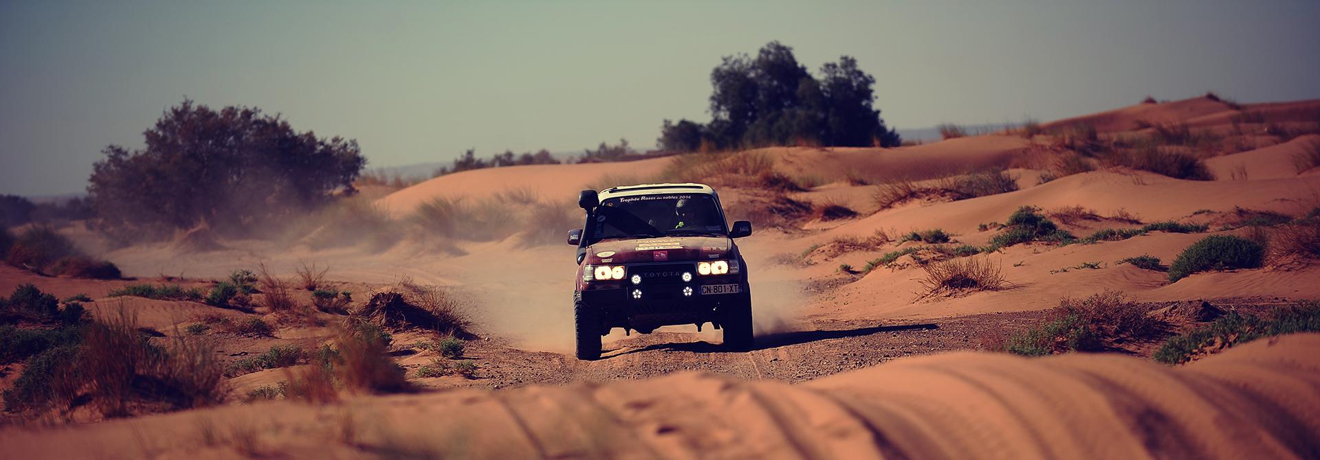 Trophee Roses Des Sables Rallye Raid Feminin Et Solidaire Au Maroc